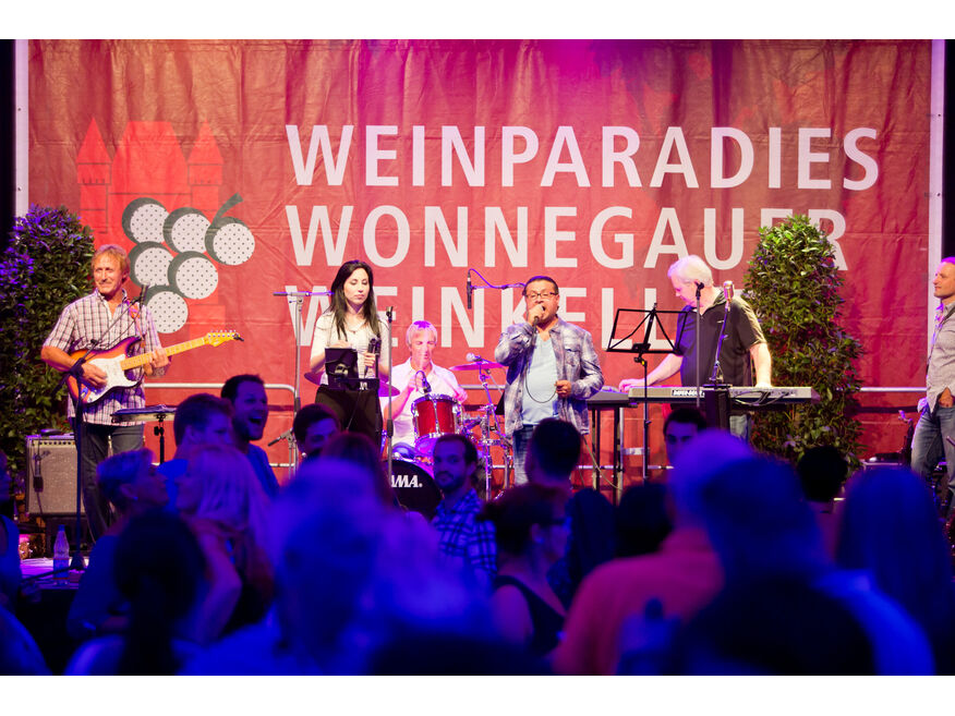 "Live-Musik mit ""Top Four"""